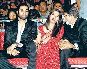 bachchans stage a walkout